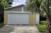 Oversized garage for rent